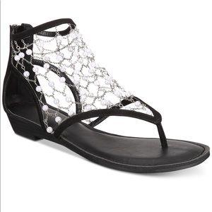 Zigi Soho Madilyn chain  black flat sandals 7m